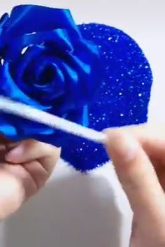 Beautiful DIY Flowers - Bastelarbeiten - Home Decor Diy Crafts Hacks, Diy Home Crafts, Diy Arts And Crafts, Creative Crafts, Crafts For Kids, Paper Flowers Craft, Paper Crafts Origami, Flower Crafts, Diy Flowers