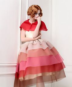 Little Red Riding Hood Gradient Tiered robe par MyFairLady1950, $326.00
