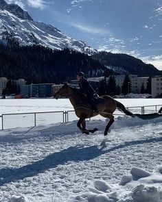 Swiss Travel, Switzerland, Mount Everest, Cinema, Events, Mountains, Nature, Movies, Naturaleza