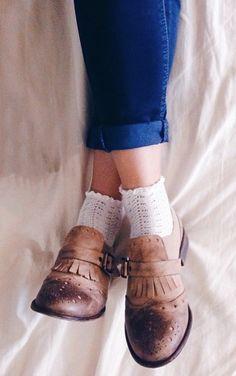 3c55a584cdaa7 Me acuerdo cuando de niña usaba este tipo de calcetas. Sock Shoes