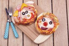 Picky Eater Solutions: 9 Nutrition Tricks for Kids with ADHD, Sensory Issues - Healthy Food Recipes Papa Pizza, Mini Pizza Recipes, Cake Recipes, Sensory Issues, Edible Food, Love Pizza, How To Eat Better, Adhd Kids, Picky Eaters