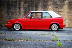 Wolksvagen: Foto - My Carbiolet - Cars Vw Golf Cabrio, Volkswagen Golf Mk1, Golf 1 Cabriolet, Vw Mk1, Volkswagen Models, Amazing Cars, Car Pictures, Dream Cars, Audi