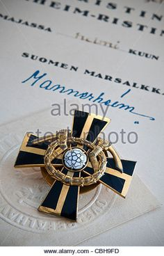 'The Mannerheim Cross' Rare Finnish military medal and signed certificate, awarded for conspicuous gallantry - Stock Image History Of Finland, Night Shadow, Fight For Us, Gold Watch, Chivalry, Knights, Troops, Badges, Certificate