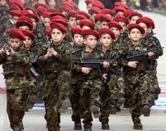 DERUWA: Bundesregierung rekrutiert Kindersoldaten für den ...