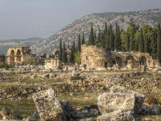 Die Ruinen von Hierapolis