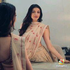 Indian Bollywood Actress, Bollywood Actors, Indian Actresses, Beautiful Heroine, Most Beautiful Models, Beautiful Women, South Indian Film, South Indian Actress, Tamil Actress Photos