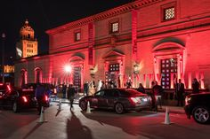 Vanity Fair Oscar Party Guests on their way to the event entrance - BWArchitects - Designed by the New York City based Architecture firm BWArchitects. Hill City, Life Plan, Vanity Fair Oscar Party, Grand Entrance, Experiential, Beverly Hills, Deck, Street View, Architecture