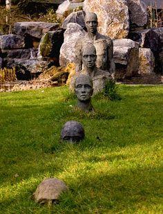"""""""Heads"""" garden art"""