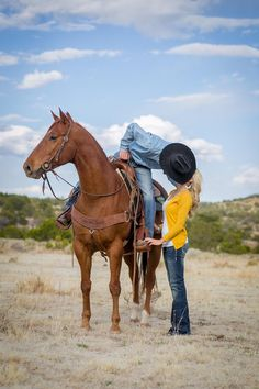 Ranch Engagement Shoot in New Mexico | Lyndsey Garber Photography | Reverie Gallery