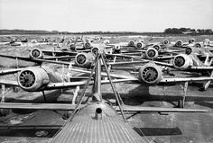 Luftwaffe Airfields pictures, captured FW 190s