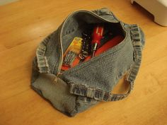 Blue jeans to mini duffle bag.  Good idea for all the jeans I've accumulated for projects.