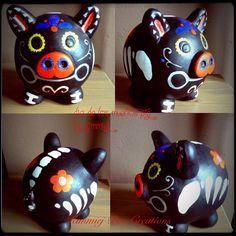 Sugar skull, dia de los muertos pig, piggy bank. Diy