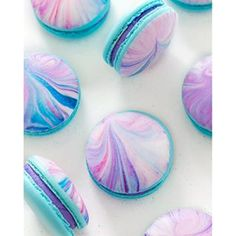 Love the colours Unicorn inspired macarons used @nutmegandhoneybee tutorial for the marbling…