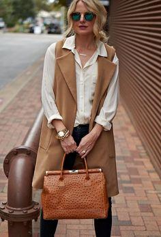How to Wear a Long Sleeveless coat