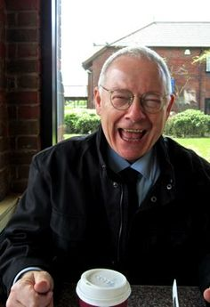 Nai'xyy Robert Fripp - Music Artist.  (of King Crimson fame; KC being the best prog band in history!)