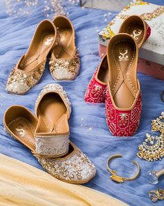 Juttis with BRIDE hand embroideries on back Wedding Looks, Bridal Looks, Western Gown, Reception Gown, Bridal Heels, Dusty Rose Color, Silver Heels, Boho Look, Bridal Lehenga