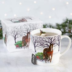 Horse design Running Wild Melamine Tray /& Bone China Mug 2 Pieces