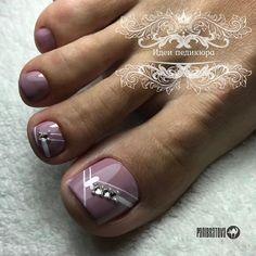 Toenail Art Designs, Pedicure Designs, Toe Nail Color, Toe Nail Art, Cute Toe Nails, Pretty Nails, Feet Nail Design, Subtle Nail Art, Purple Acrylic Nails