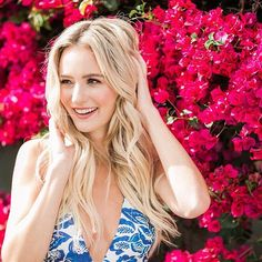 This girl. As beautiful inside, as she is out Abc Bachelorette, Female Book Characters, Chris Lane, Lauren Bushnell, Cute Cuts, Love Hair, Reality Tv, Pretty Woman, Hair Inspiration