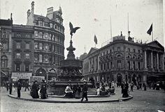 Piccadilly Circus c 1880