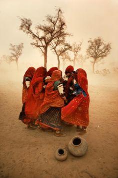 4. Steve McCurry India 2