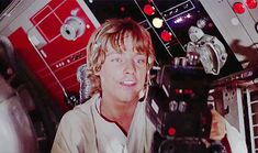 That's what I do when I remember a fact about mark hamill or Luke skywalker .