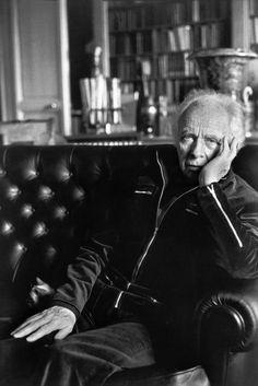 Henri Cartier-Bresson, Louis Aragon, 1971. © Henri Cartier-Bresson/Magnum Photos.