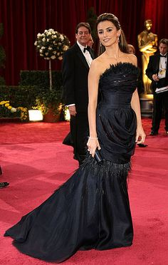 Penelope Cruz opted for this black feathered Chanel gown in 2008.