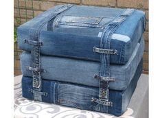 Best 12 Fashion Reveal: Lifestyle – Page 646618458975131248 Jean Crafts, Denim Crafts, Upcycled Crafts, Artisanats Denim, Denim Art, Denim Purse, Diy Jeans, Denim Furniture, Recycled Furniture