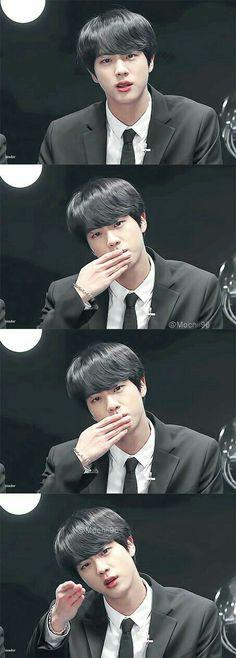 Mamá Jin, deja de ser tan perfecto:'v~D