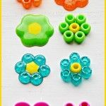 The best DIY projects & DIY ideas and tutorials: sewing, paper craft, DIY. Best DIY Ideas Jewelry: preheat your oven at 425 degrees F. Place a baking paper on top of a cookie sheet. Make the shapes placing your beads to your Cute Crafts, Crafts To Make, Crafts For Kids, Arts And Crafts, Beach Crafts, Dog Crafts, Seashell Crafts, Vinyl Crafts, Resin Crafts