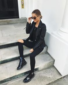 c768a0c40e 83 Best Black flats outfit images