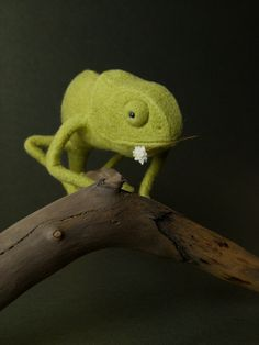 Green Chameleon  Needle Felted Miniature by felttess on Etsy, $115.00