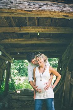 Lovely Pregnancy Photos | Sortrature