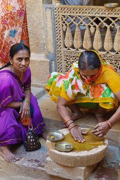 Jaisalmer, India ... ✤ॐ ♥ ▾ ๑♡ஜ ℓv ஜ ᘡlvᘡ༺✿ ☾♡ ♥ ♫ La-la-la Bonne vie ♪ ❥•*`*•❥ ♥❀ ♢♦ ♡ ❊ ** Have a Nice Day! ** ❊ ღ‿ ❀♥ ~ Th 26th Nov 2015 ... ~ ❤♡༻ ☆༺❀ .•` ✿⊱ ♡༻ ღ☀