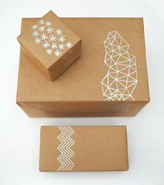Teken zelf een leuk patroontje op de cadeau verpakking, dat maakt het nét wat specialer!