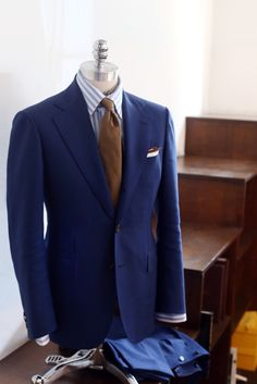 tailorablenco: Blue fresco suit made by Tailorable Wine label.