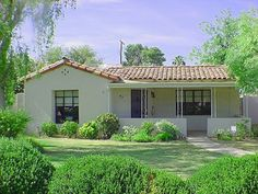 Spanish Colonial Revival house in Willo Historic District, Phoenix