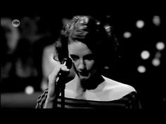 Hooverphonic - The night before - YouTube
