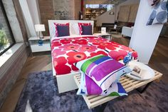 Mattresses, beds and bedding stores in Toronto can help you secure the always important good night's sleep. From stylish bed frames to mattresses w. Bed Sheets Online, Cheap Bed Sheets, Bedding Sets Online, Bedding And Curtain Sets, Cheap Bedding Sets, Luxury Bedding Sets, Boys Comforter Sets, Black Bed Linen, Stylish Beds