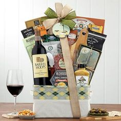 Wine Gift Baskets - Gourmet Wine Golf Basket Summer Gift Baskets, Wine Country Gift Baskets, Holiday Gift Baskets, Wine Baskets, Summer Gifts, Holiday Gifts, Send Chocolates, Giving Flowers, Share Pictures