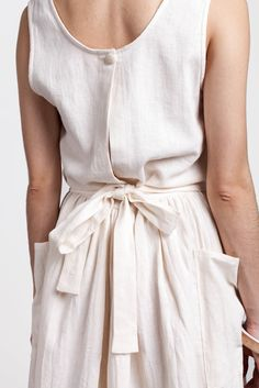 fabric covered button - cute back slither - Image of Jesse Kamm Field Dress