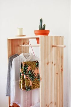 How To Build A Clothes Rack With Wood - WoodWorking Projects & Plans