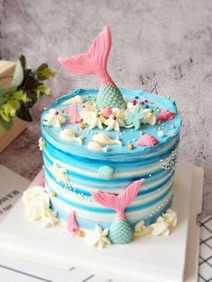 Ocean Birthday Cakes, Ocean Cakes, Buttercream Cake, Fondant Cakes, Cupcake Cakes, Pretty Cakes, Cute Cakes, Cupcake Decoration, Chocolates