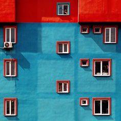 Shape vs colour Istanbul's vibrant contemporary architecture Architecture Design, Futuristic Architecture, Contemporary Architecture, Architecture Colleges, Geometry Architecture, Architecture Magazines, Minimal Photography, Photography Triangle, Photography Composition