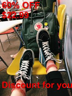 Original Vans Authentic Shoes For Women and Men Mochila Kanken, Kanken Backpack, Vsco, Tumbrl Girls, Mode Hijab, High Top Sneakers, Backpacks, My Style, How To Wear