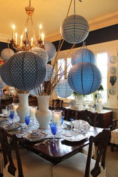 Love the lanterns. Table decorating idea from Mary Carol Garrity of Nell Hill's.