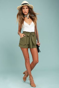 555cac25b77a The Moon River Acadia Olive Green Shorts are ready for a nature hike