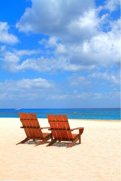 Cozumel is waiting. They already have our chairs set up. Caribbean Vacations, Dream Vacations, Vacation Spots, Beautiful Places To Visit, Beautiful Beaches, Places To Travel, Places To See, Cozumel Island, Cities