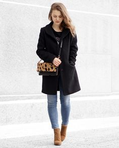 A Little Detail - Winter Fashion // Black Wool Coat // Leopard Print Clutch // High Waisted Skinny Jeans // Camel Ankle Boots // #ootd #outfitoftheday #winterfashion #fashion #outfit #blackcoat #camelboots #leopardprint